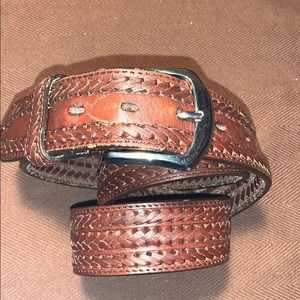 Leather handwoven belt hand crafted w/brass buckle